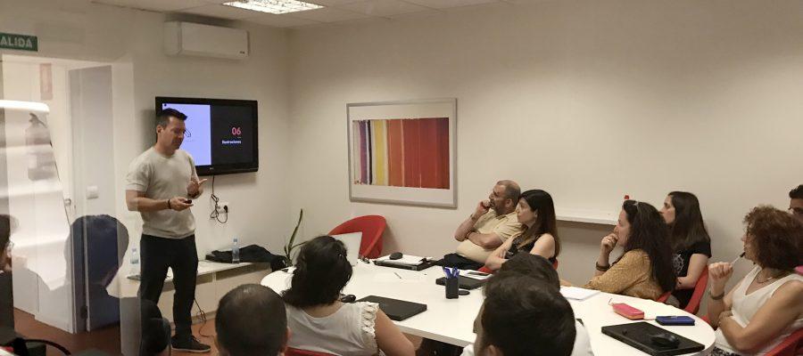 Formación en presentaciones profesionales en Ipsos.